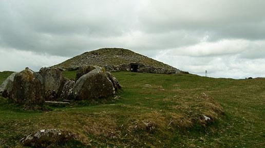 newgrange mound